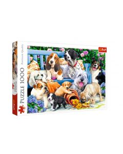 Trefl Puzzle Dogs in the garden 1000 kom